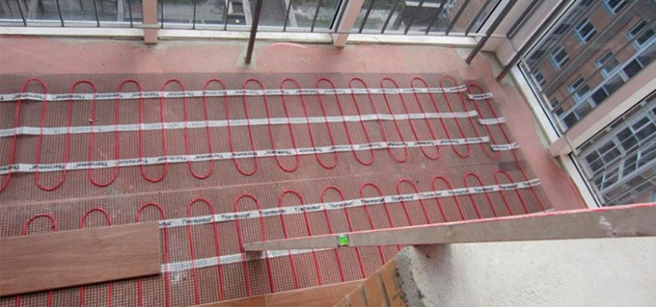 электрический нагревательный мат на балкон - фото